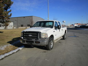 2005 FORD F350 (090)